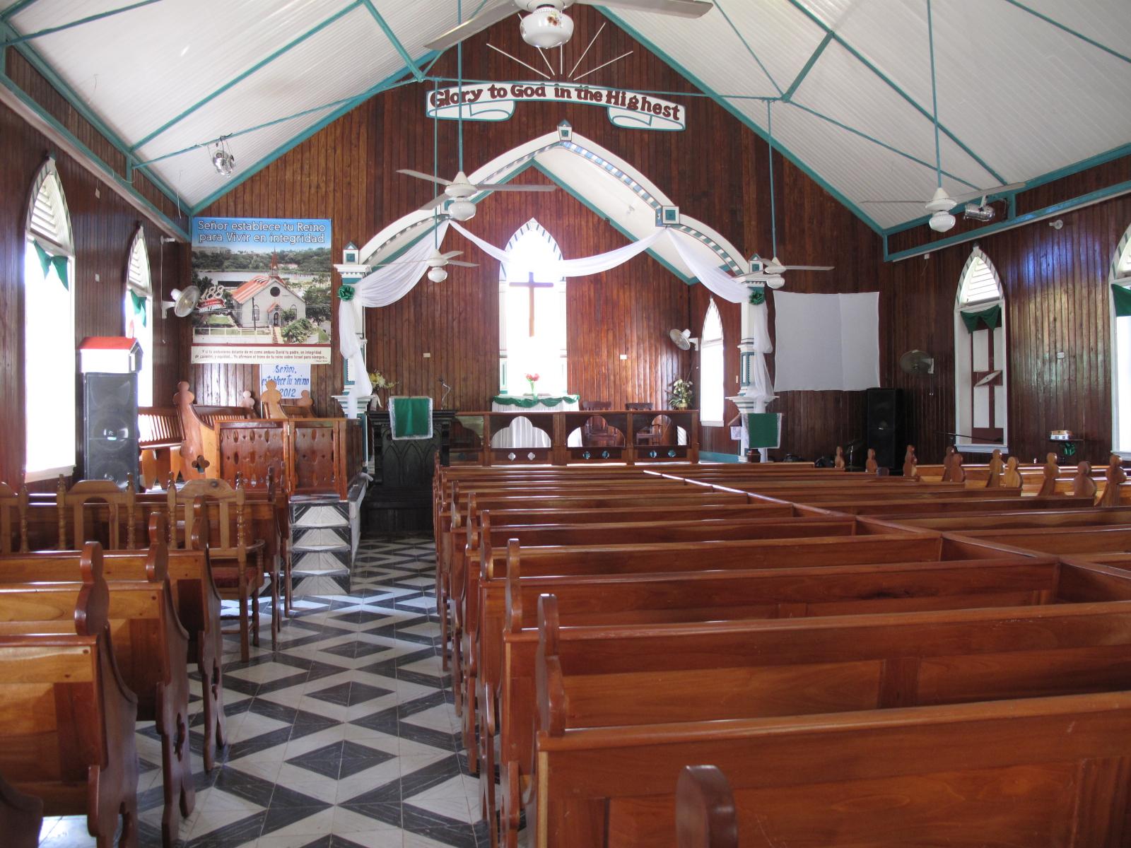 Barbara dominicana en San Luis 2340