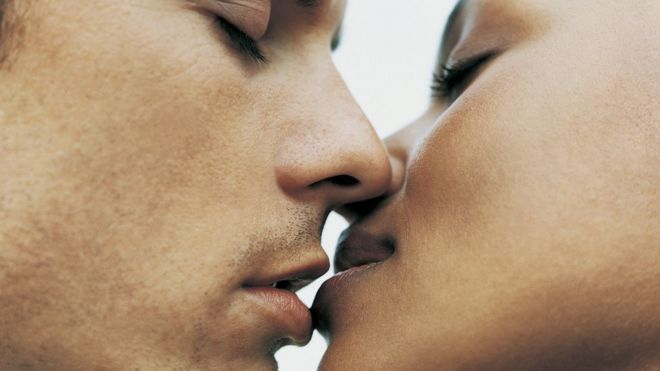 Nos besaremos apasionadamente 4255