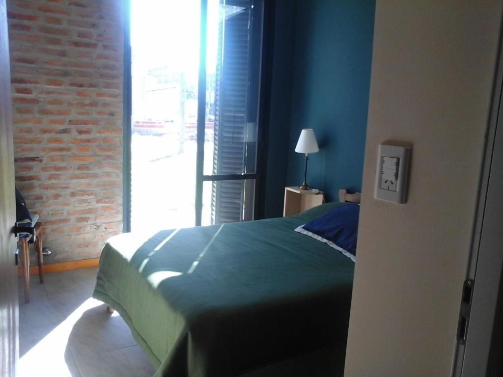 Se alquila habitaciónes para trabajar en el centro de Concordia 1185