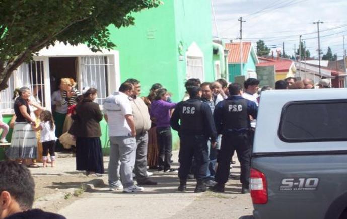 Hombres cobro no pago en Río Gallegos 500