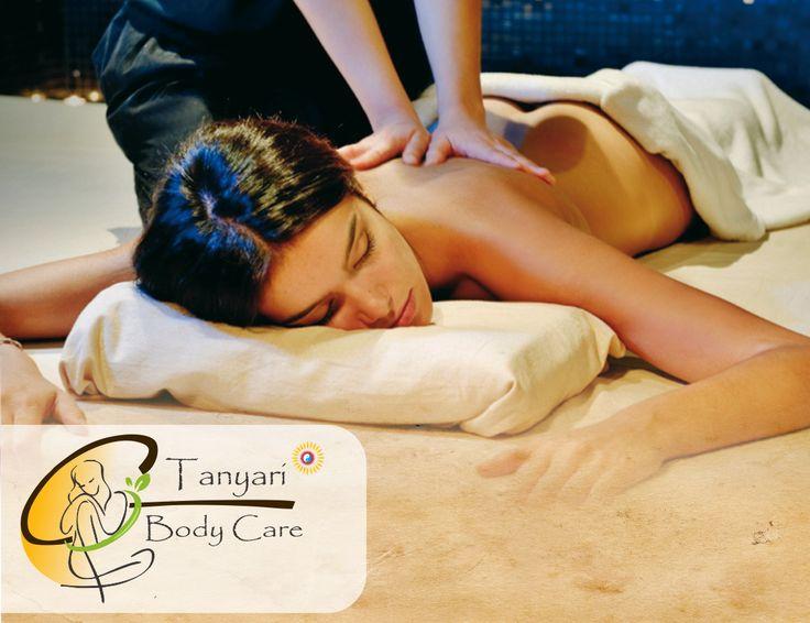 Con buenas curvas tengo amplia experiencia realizando masajes sensuales 7654